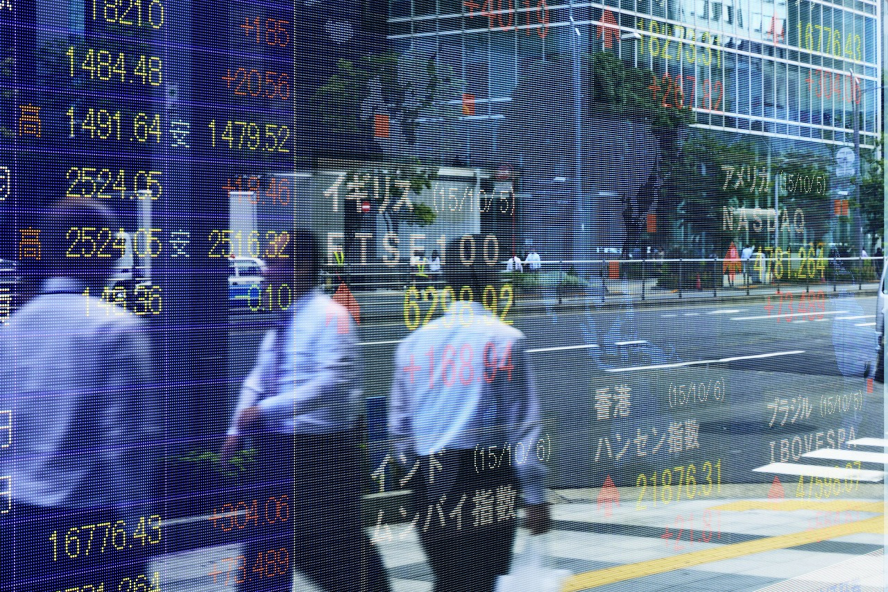 Newly Launched Funds Pull Toshin Market toward Recovery from Corona Shock